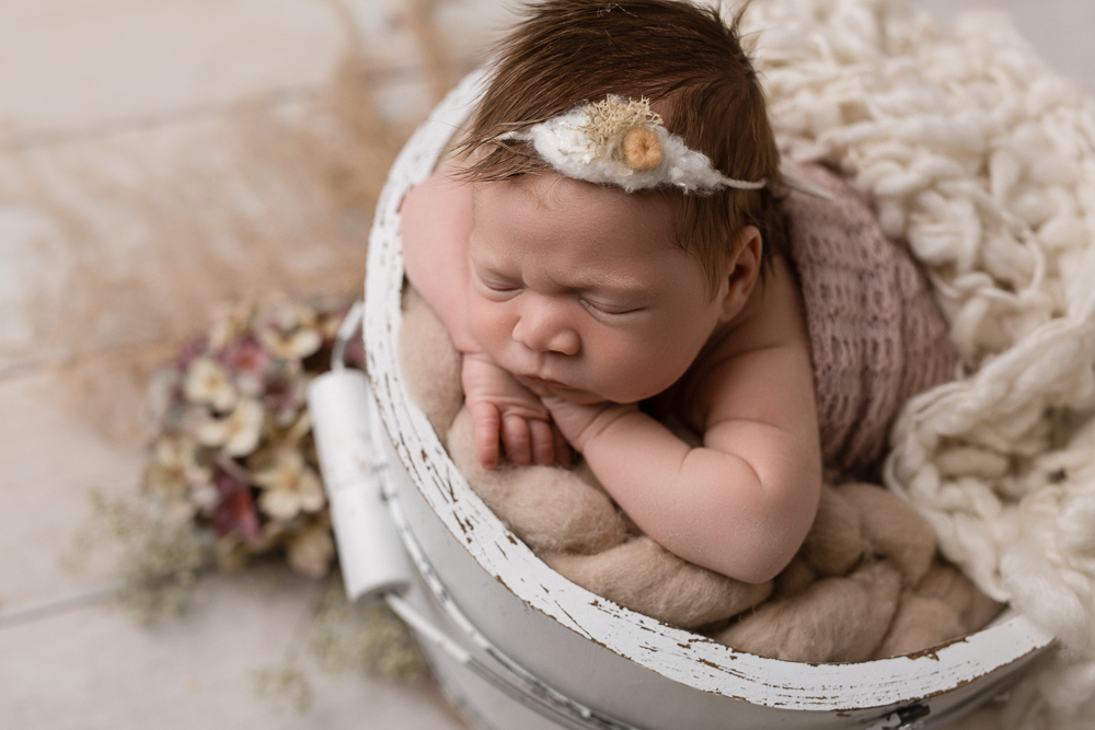 Newbornshooting Mülheim - Little Foot Fotografie - Babyfotos Essen - Fotostudio Mülheim - Babyfotograf Ruhrgebiet - Neugeborenes - Fotostudio Oberhausen